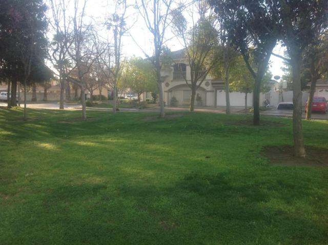 3522 Doubletree Way, Madera, CA 93637 (MLS #19013719) :: The Del Real Group