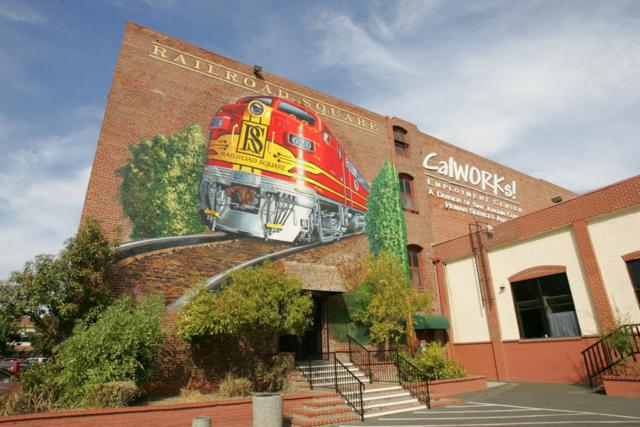 620 N Aurora Street, Stockton, CA 95202 (#19016321) :: The Lucas Group