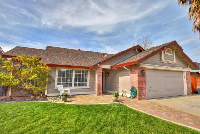 6721 Paseo Del Sol Way, Elk Grove, CA 95758 (MLS #19016845) :: The Del Real Group