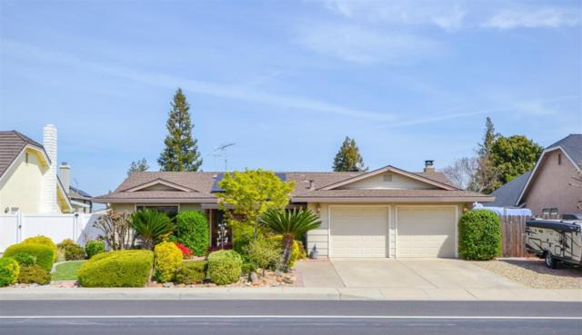 913 E Milgeo Avenue, Ripon, CA 95366 (MLS #19022218) :: The Del Real Group
