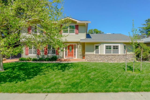 2021 Amador Avenue, Davis, CA 95616 (#19022867) :: Michael Hulsey & Associates