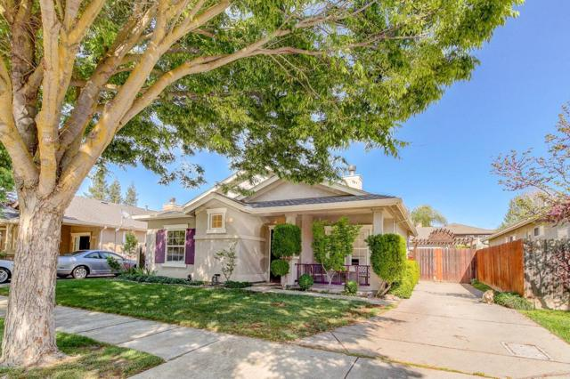 631 Peachcrest Drive, Oakdale, CA 95361 (MLS #19024047) :: The Del Real Group
