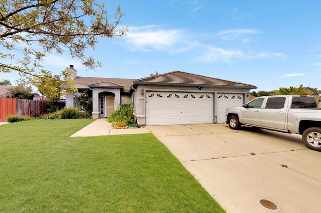 1621 Kit Fox Drive, Hughson, CA 95326 (MLS #19024651) :: Keller Williams Realty