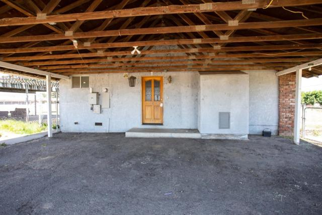 6231 Smith Road, Oakdale, CA 95361 (MLS #19028423) :: The Home Team