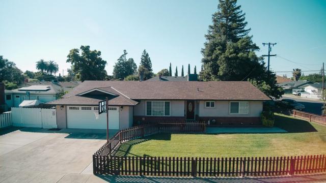 150 E A Street, Oakdale, CA 95361 (MLS #19035330) :: eXp Realty - Tom Daves