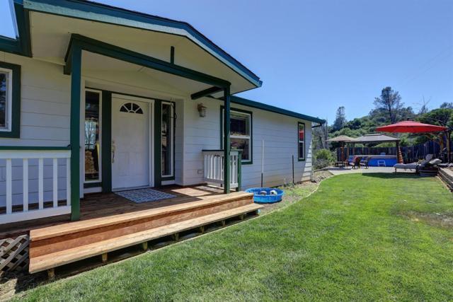17353 Crosswhite Court, Grass Valley, CA 95945 (MLS #19042163) :: The Merlino Home Team