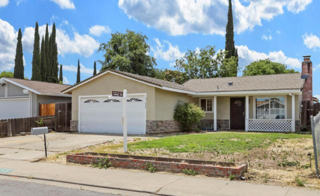 1458 Birch Drive, Tracy, CA 95376 (MLS #19044857) :: The Del Real Group