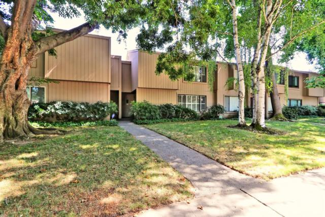 908 Vanderbilt Way, Sacramento, CA 95825 (MLS #19045859) :: REMAX Executive