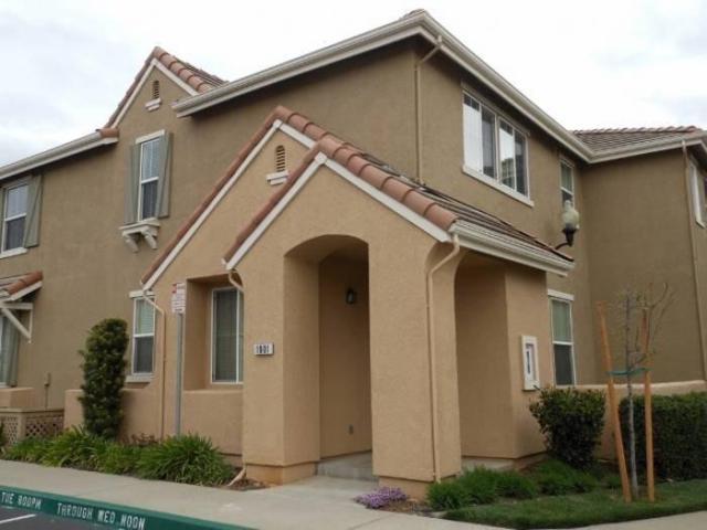 1001 Esplanade Circle, Folsom, CA 95630 (MLS #19046084) :: REMAX Executive