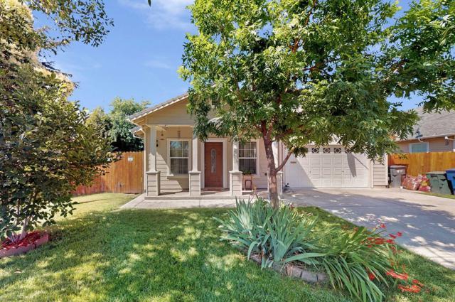 1085 Glenrose Avenue, Sacramento, CA 95815 (#19048387) :: Michael Hulsey & Associates