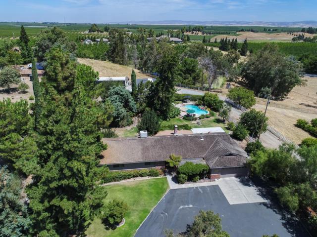 9437 Rodden Road, Oakdale, CA 95361 (MLS #19057038) :: Heidi Phong Real Estate Team