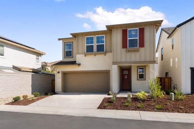 42 Seasmoke Place, Elk Grove, CA 95758 (MLS #19065925) :: Heidi Phong Real Estate Team