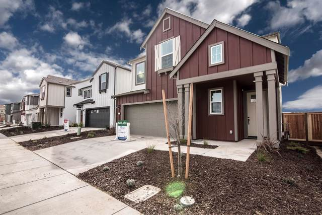 2 Seasmoke Place, Elk Grove, CA 95758 (MLS #19065934) :: Heidi Phong Real Estate Team