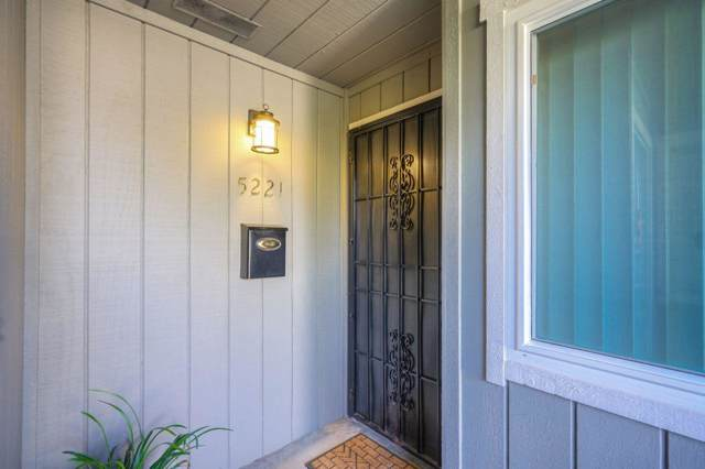 5221 Lake Knoll Lane, Fair Oaks, CA 95628 (MLS #19072078) :: The MacDonald Group at PMZ Real Estate