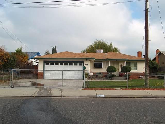 3200 Farris Avenue, Ceres, CA 95307 (MLS #19081285) :: The MacDonald Group at PMZ Real Estate