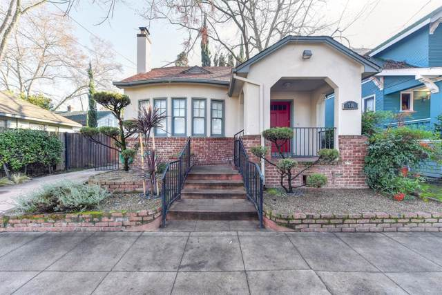 711 30th Street, Sacramento, CA 95816 (MLS #19083371) :: Heidi Phong Real Estate Team