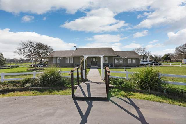 14050 Emilee Lane, Galt, CA 95632 (MLS #20008682) :: The MacDonald Group at PMZ Real Estate