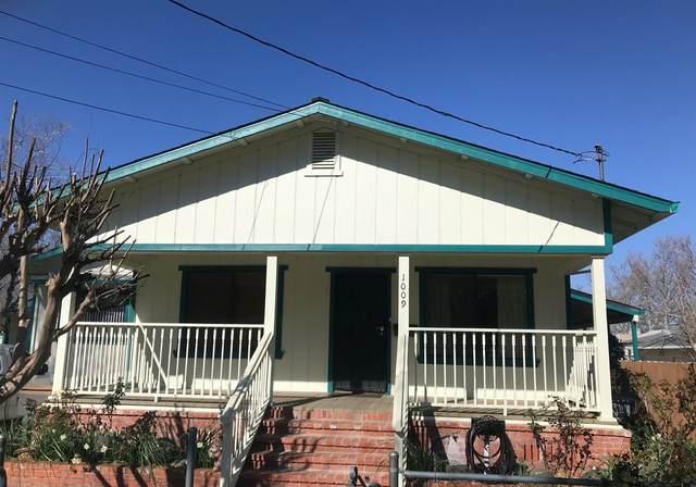 1009 Beamer Street, Woodland, CA 95695 (MLS #20009108) :: The MacDonald Group at PMZ Real Estate