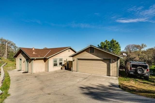 2740 Hoffman Drive, Valley Springs, CA 95252 (MLS #20015374) :: Deb Brittan Team