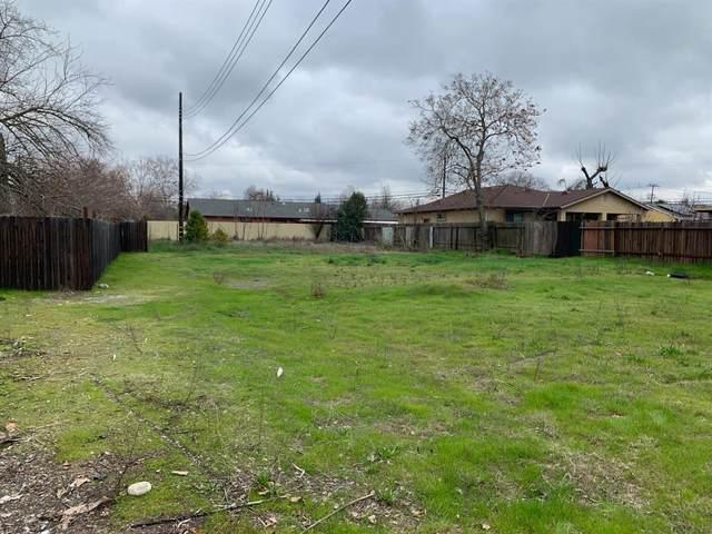2752 Oakmont Street, Sacramento, CA 95815 (MLS #20016833) :: The Merlino Home Team