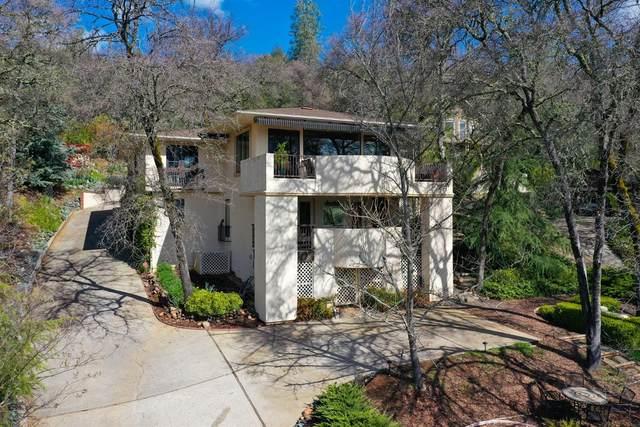 19050 Jayhawk Drive, Penn Valley, CA 95946 (MLS #20017443) :: The MacDonald Group at PMZ Real Estate