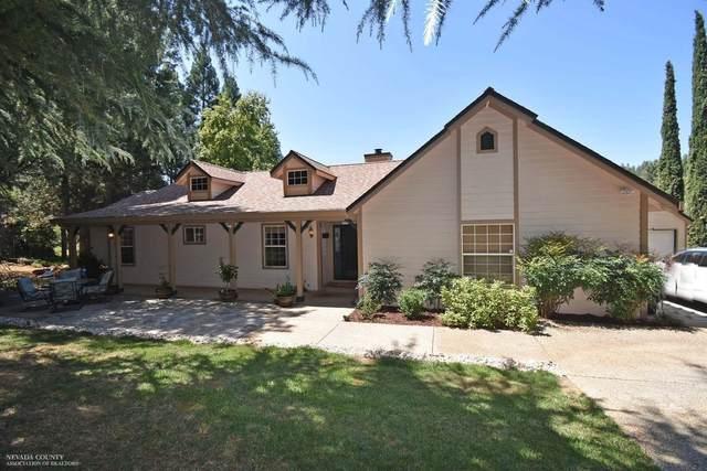 15842 Gary Way, Grass Valley, CA 95949 (MLS #20017867) :: The MacDonald Group at PMZ Real Estate