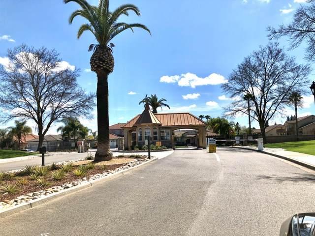 8825 Laguna Street, Chowchilla, CA 93610 (MLS #20017952) :: The MacDonald Group at PMZ Real Estate