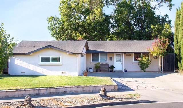 2540 Hawthorne Court, Napa, CA 94558 (MLS #20018952) :: The MacDonald Group at PMZ Real Estate
