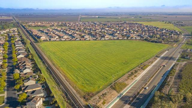 10475 Lower Sacramento Road, Stockton, CA 95210 (MLS #20020003) :: The MacDonald Group at PMZ Real Estate
