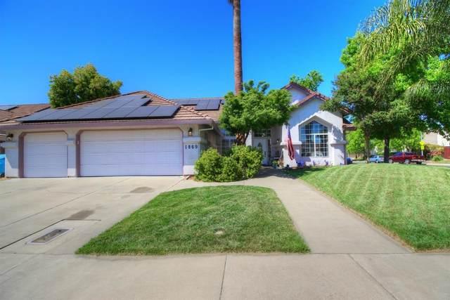 1869 Mccune Avenue, Yuba City, CA 95993 (MLS #20025148) :: The MacDonald Group at PMZ Real Estate
