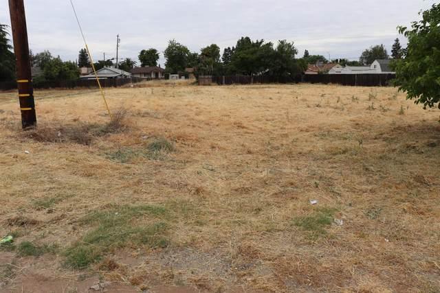 2322 Main Street, Escalon, CA 95320 (MLS #20027450) :: The Merlino Home Team