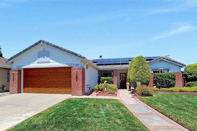 2281 Shady Lane, Yuba City, CA 95991 (MLS #20029390) :: The MacDonald Group at PMZ Real Estate