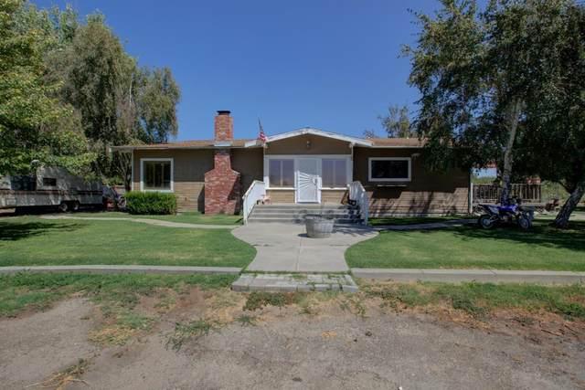 3113 E Linwood Avenue, Turlock, CA 95380 (MLS #20030989) :: The MacDonald Group at PMZ Real Estate