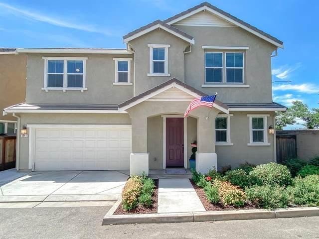 5641 Cornerstone Drive, Riverbank, CA 95367 (MLS #20031136) :: The Merlino Home Team