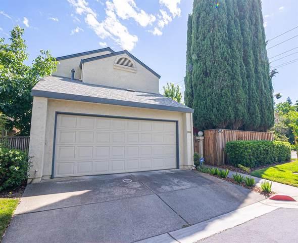 3188 Newport Terrace, Davis, CA 95618 (MLS #20035538) :: Deb Brittan Team