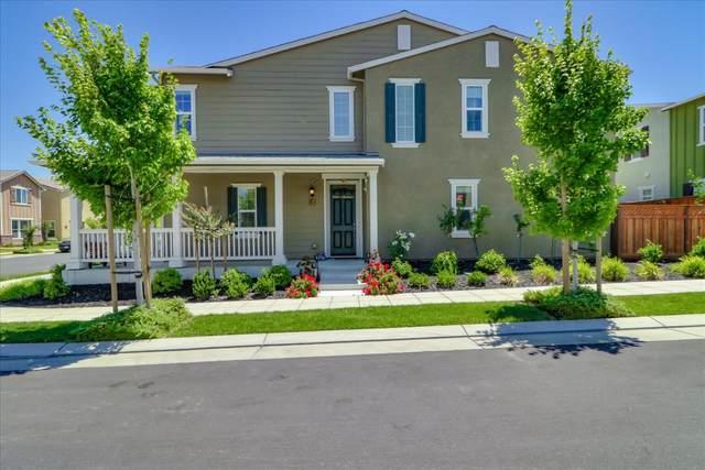 1309 S Shields Avenue, Mountain House, CA 95391 (MLS #20039668) :: Paul Lopez Real Estate