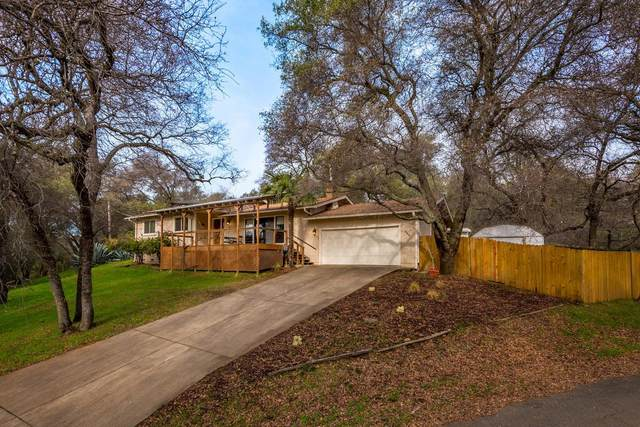 4545 Holly Drive, Shingle Springs, CA 95682 (MLS #20039855) :: The MacDonald Group at PMZ Real Estate