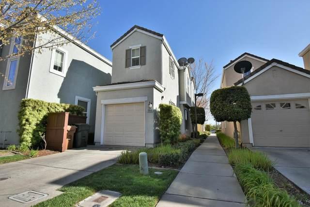 8848 Imray Way, Elk Grove, CA 95624 (MLS #20040728) :: The Merlino Home Team