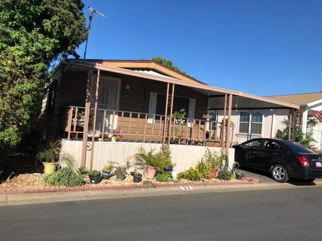 250 E Las Palmas Avenue, Patterson, CA 95363 (MLS #20045904) :: The Merlino Home Team
