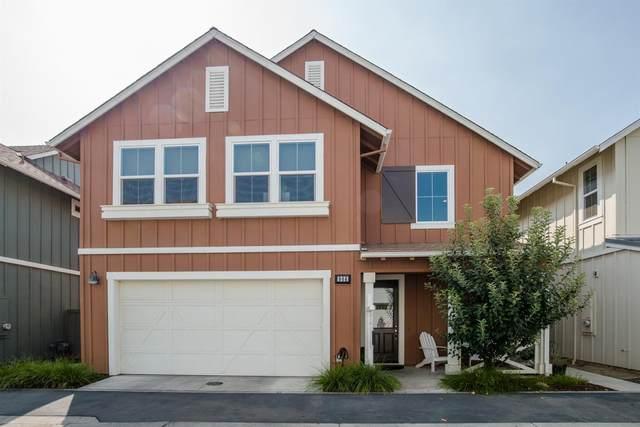 906 Tangella Terrace, Davis, CA 95616 (MLS #20053417) :: Keller Williams - The Rachel Adams Lee Group