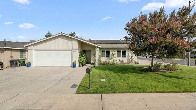 1301 W 4th Street, Ripon, CA 95366 (MLS #20054862) :: 3 Step Realty Group