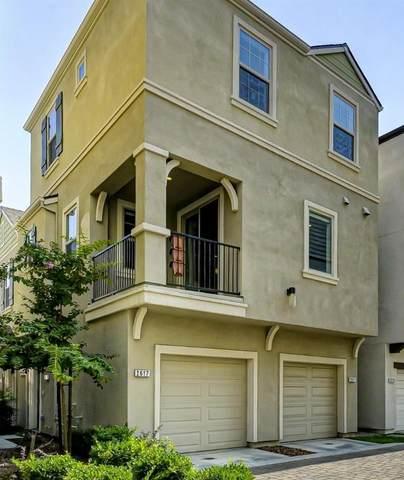 2617 Cleat Lane 32B, Sacramento, CA 95818 (MLS #20055839) :: The Merlino Home Team