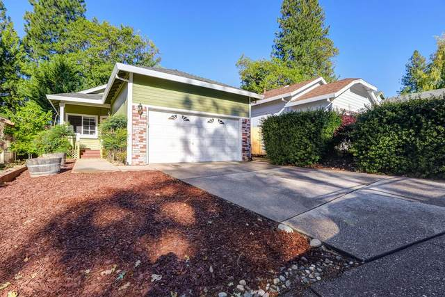 239 Fairmont Drive, Grass Valley, CA 95945 (MLS #20057623) :: The Merlino Home Team