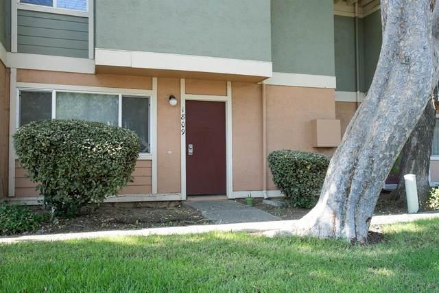 1809 Sycamore Lane, Davis, CA 95616 (MLS #20060207) :: The Merlino Home Team