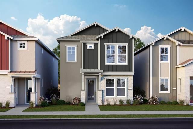2892 Honey Opal Avenue, Sacramento, CA 95833 (MLS #20062835) :: The MacDonald Group at PMZ Real Estate