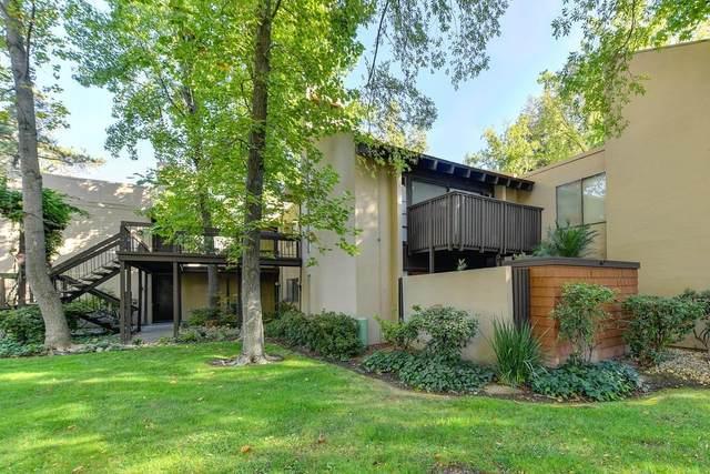 700 Woodside Lane East #3, Sacramento, CA 95825 (MLS #20063332) :: Keller Williams - The Rachel Adams Lee Group