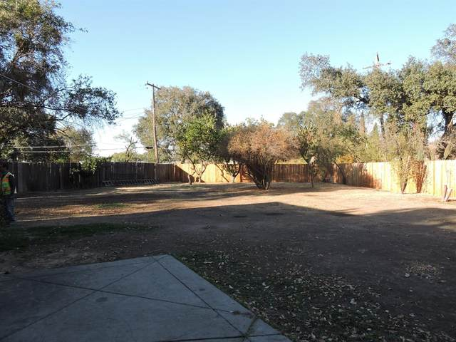 243 Bay Drive, Sacramento, CA 95815 (MLS #20063401) :: The MacDonald Group at PMZ Real Estate