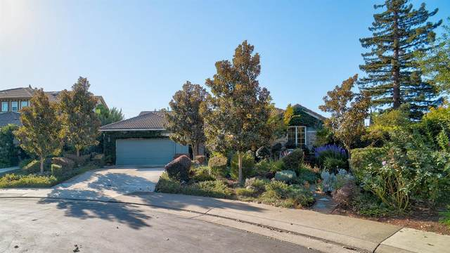 1049 Waterford Drive, West Sacramento, CA 95605 (MLS #20064499) :: The MacDonald Group at PMZ Real Estate
