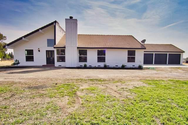 13059 Violet Lane, Clovis, CA 93619 (MLS #20064659) :: Keller Williams - The Rachel Adams Lee Group