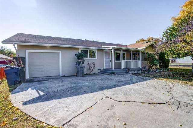 446 E Alexander Avenue, Merced, CA 95340 (MLS #20070665) :: The MacDonald Group at PMZ Real Estate